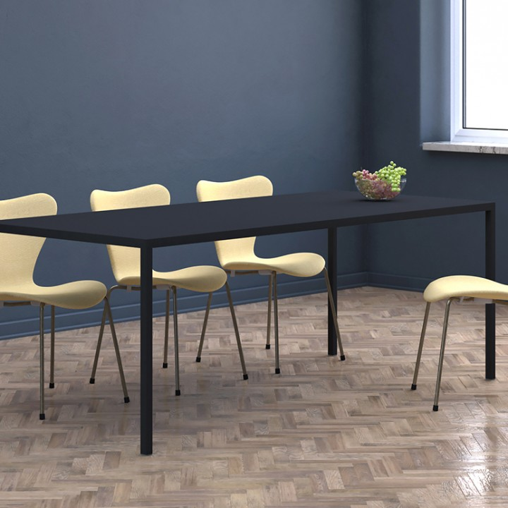 Minimalist-dining-table-Leo-black-1